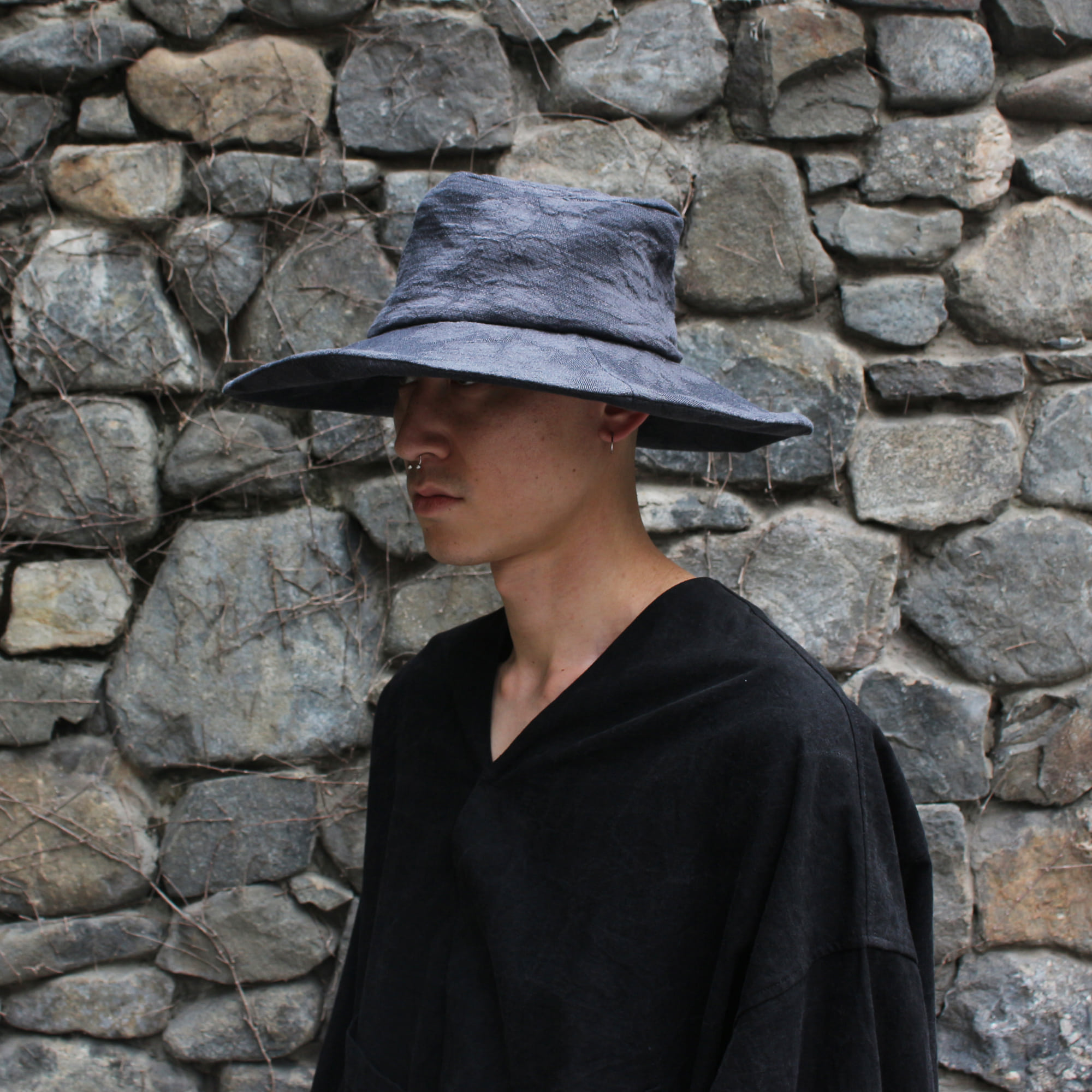 [EXCLUSIVE] HAND CRAFTED LARGE HAT_GREY/FLOWER