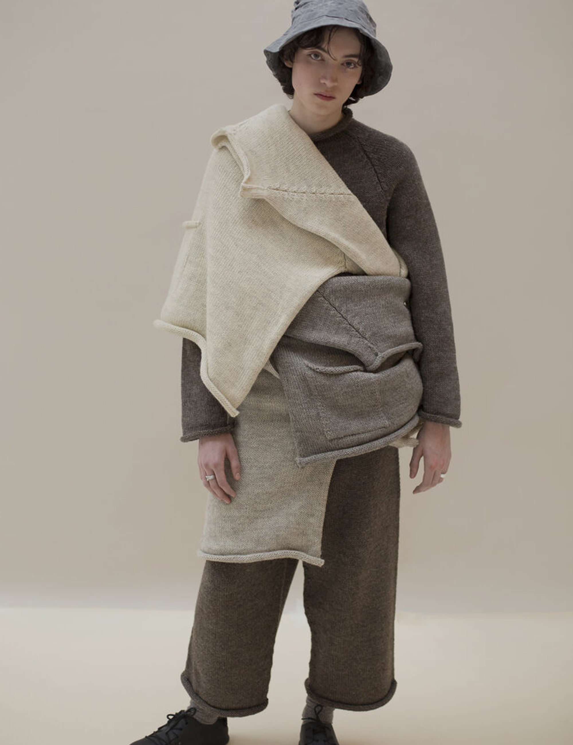 XENIA TELUNTS 20AW LOOKBOOK