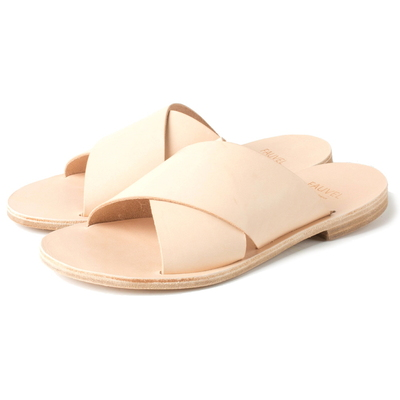 FLAT CROSS SANDAL