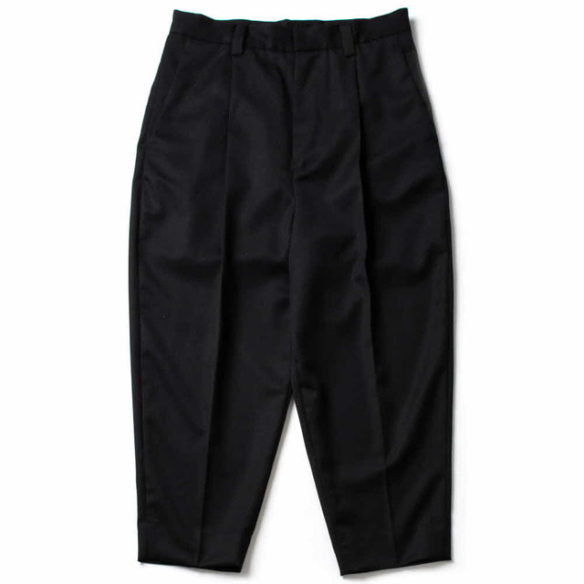 SWITCHING ONE TUCK PANTS_BLACK