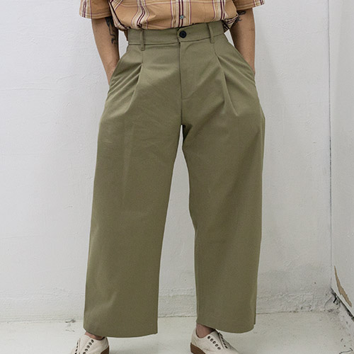 BLAKE COTTON DRILL VOLUME PANTS_KHAKI