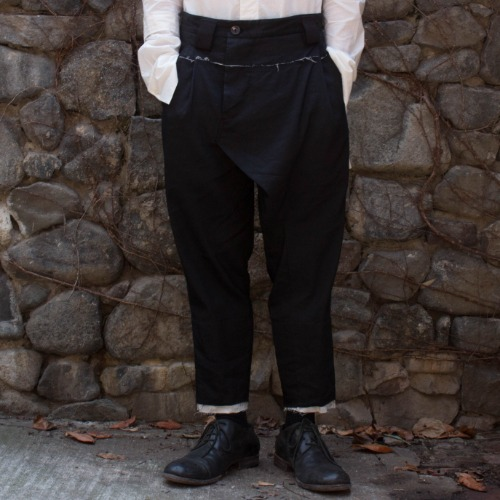 PANELLED TROUSER_BLACK
