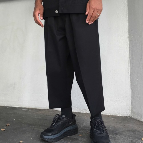 ORO DOUBLE PLEATED WIDE TROUSERS_BLACK