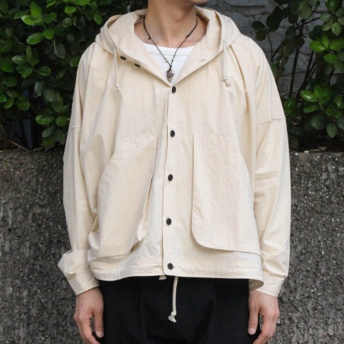 HOODED JACKET_KINARI