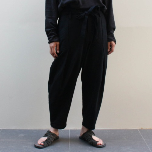DECONSTRUCTED WAIST PANTS_BLACK
