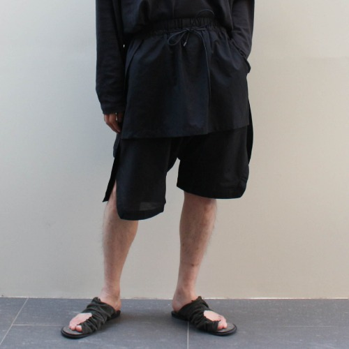 DOUBLE LAYERED SHORTS_BLACK