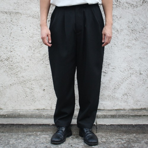OVER TUCK PANTS_BLACK