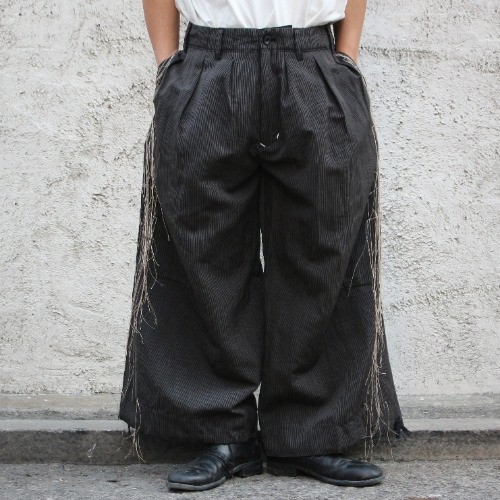 [EXCLUSIVE] BAND WIDE PANTS_BLACK STRIPE