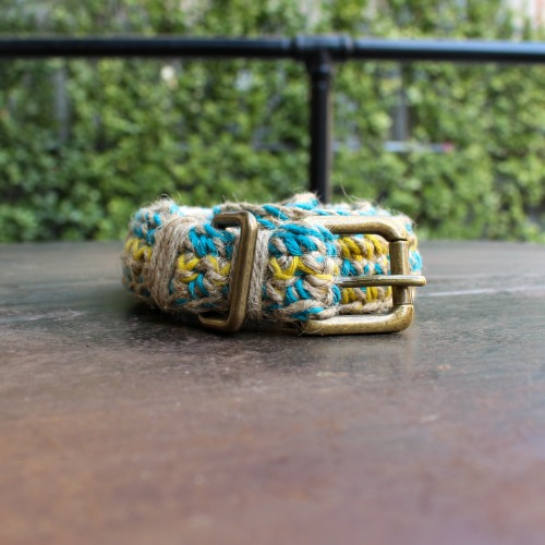 HAND CROCHETTE BELT_BLUE YELLOW NATURAL