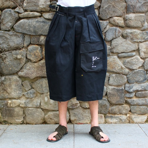 GURKHA SHORTS_BLACK