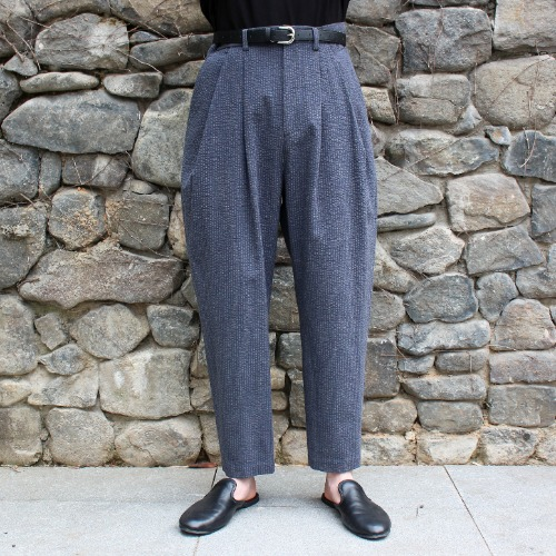 SEERSUCKER OVER TUCK PANTS_GRAY
