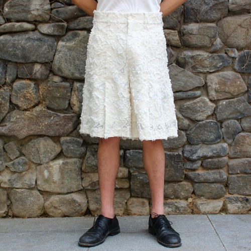 PLEATED SHORTS_WHITE