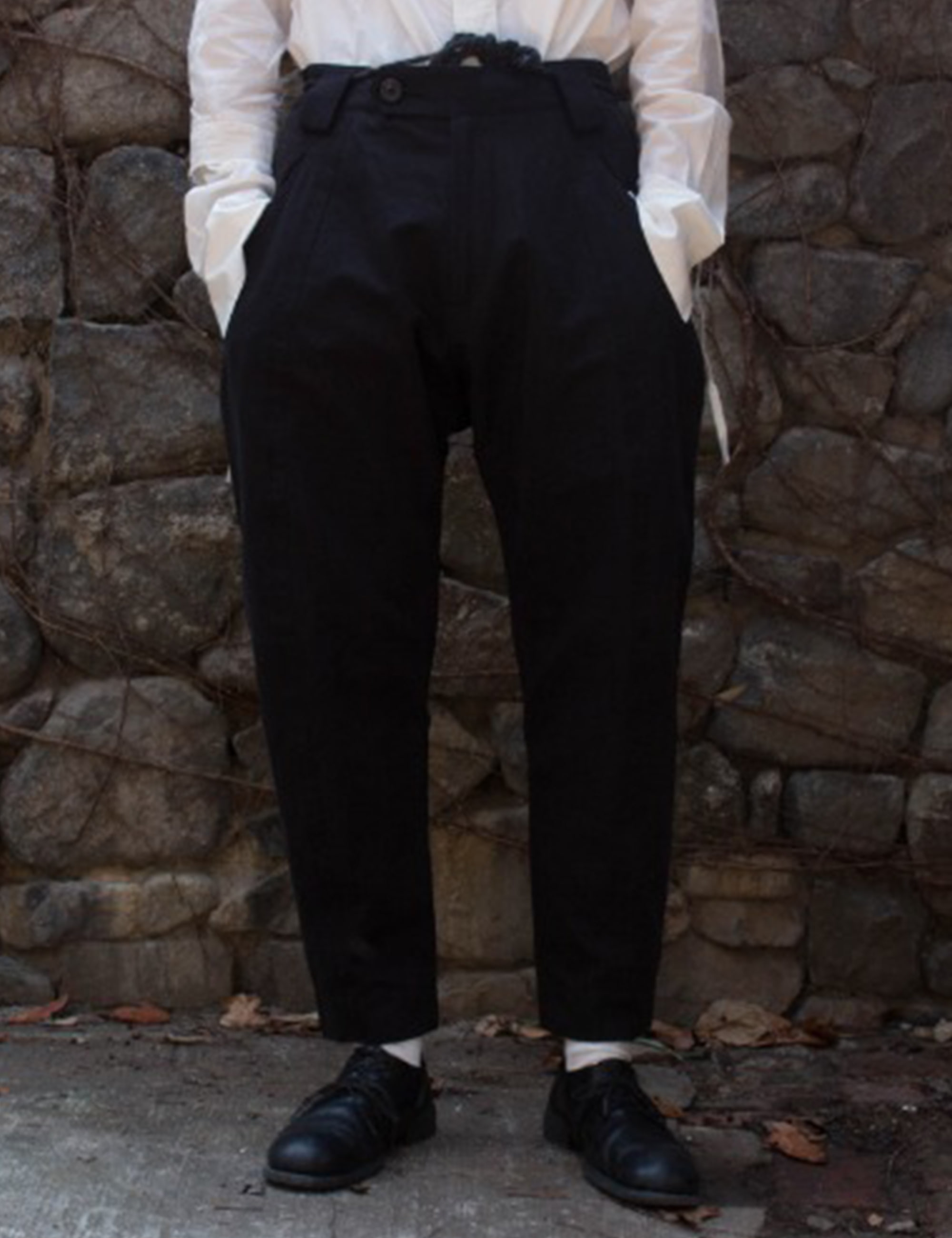 BLACK & WHITE TWILL TROUSER