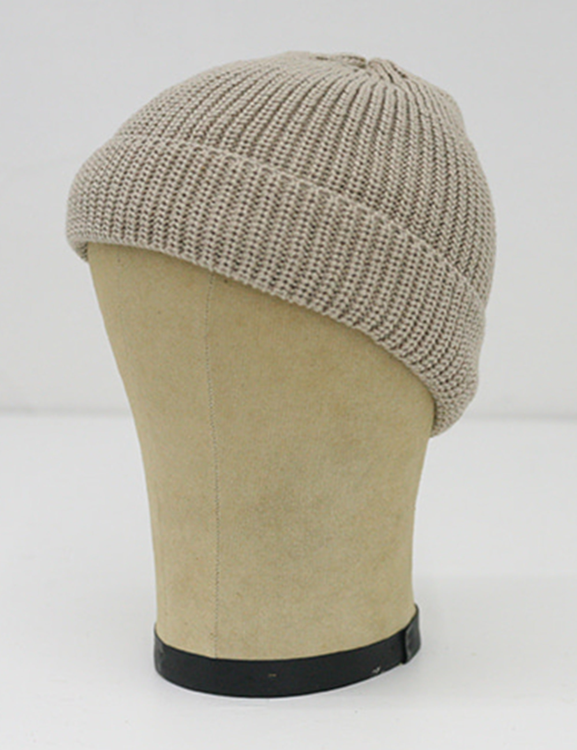 KNIT CAP SHORT_ALABASTER