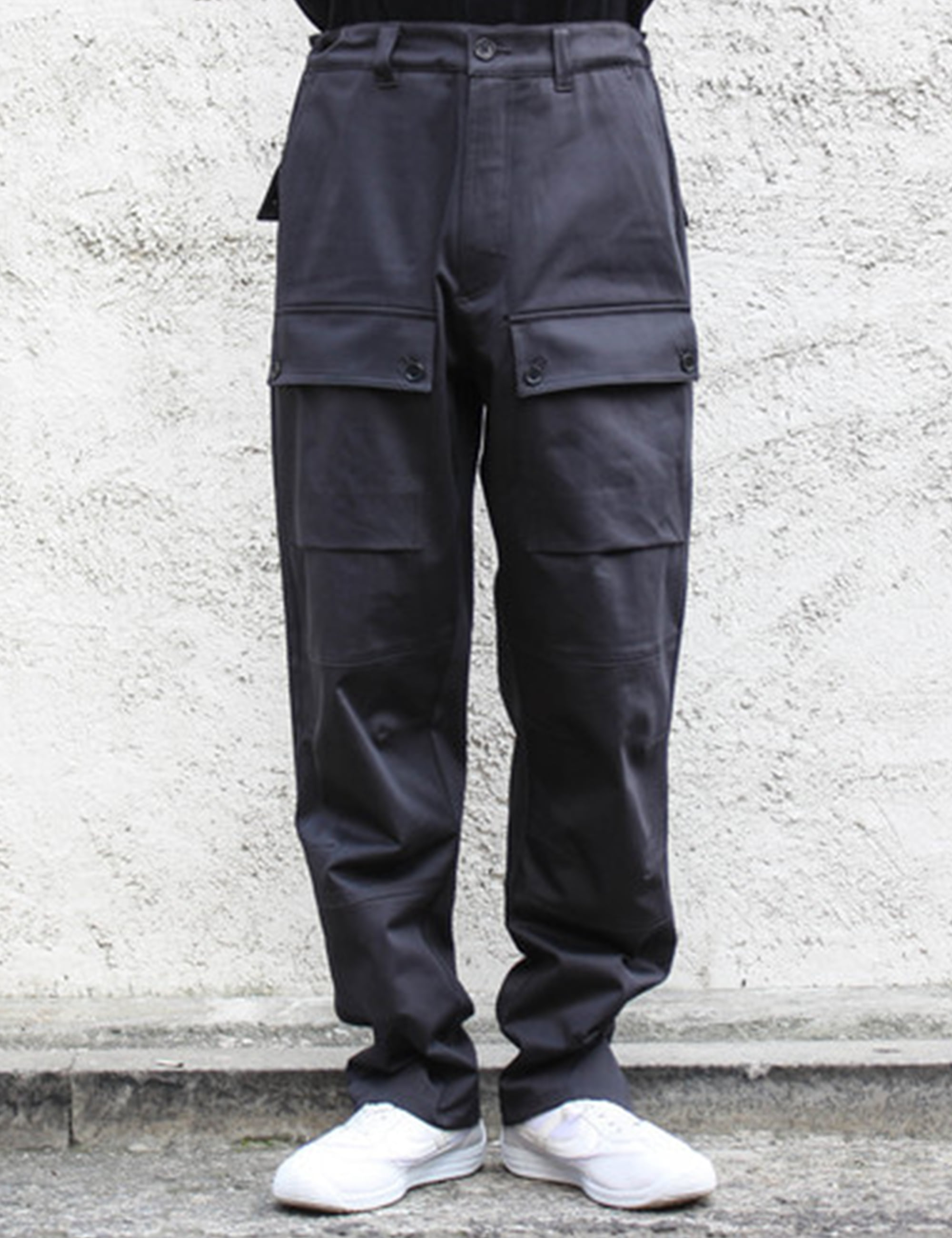 INDUSTRY TROUSERS_DARK GREY