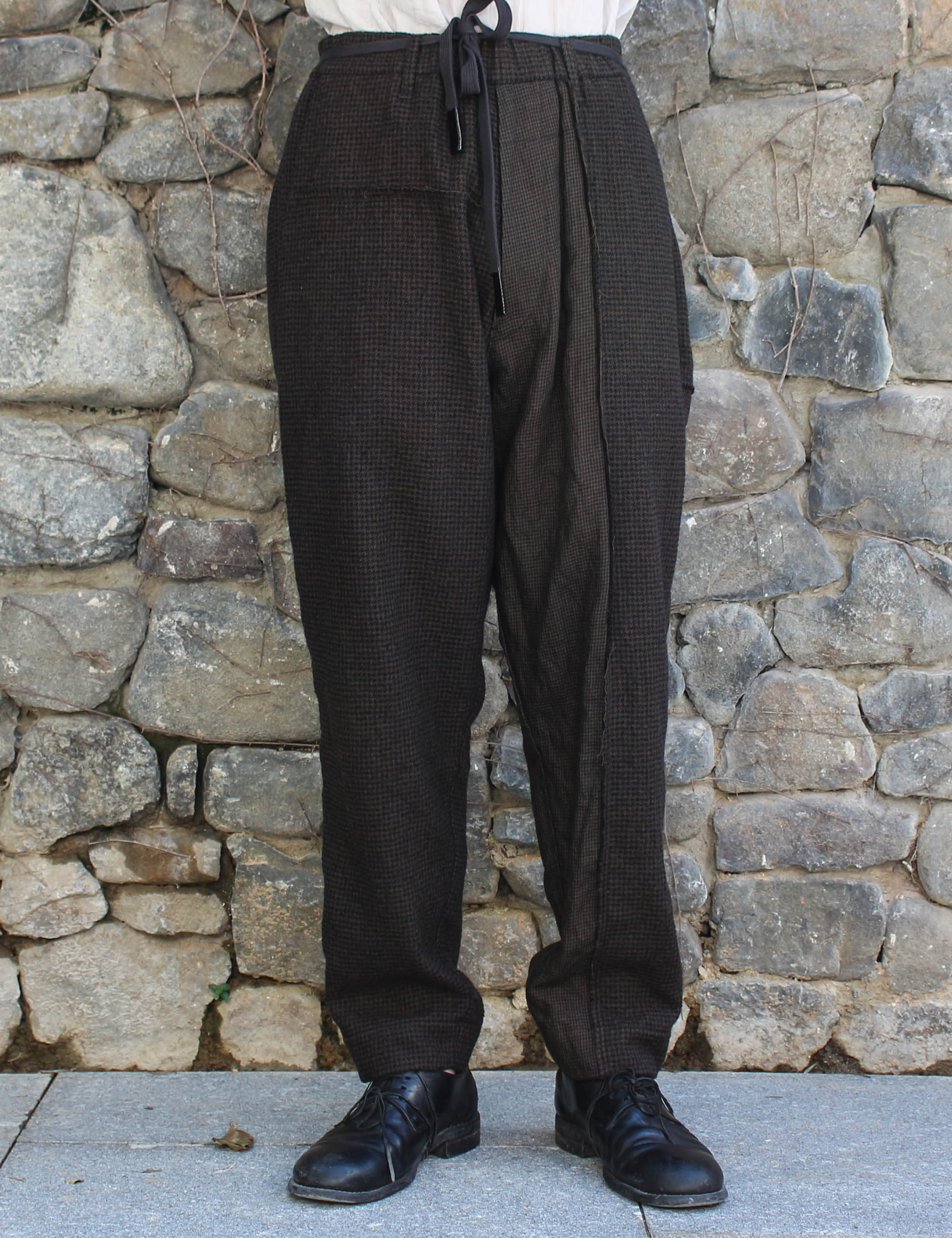 TROUSERS_BROWN