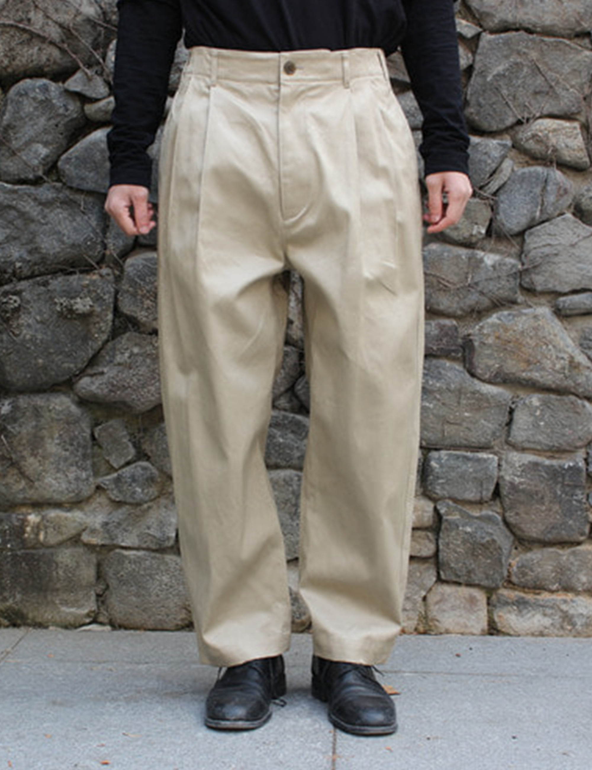 2TUCK PANTS_BEIGE