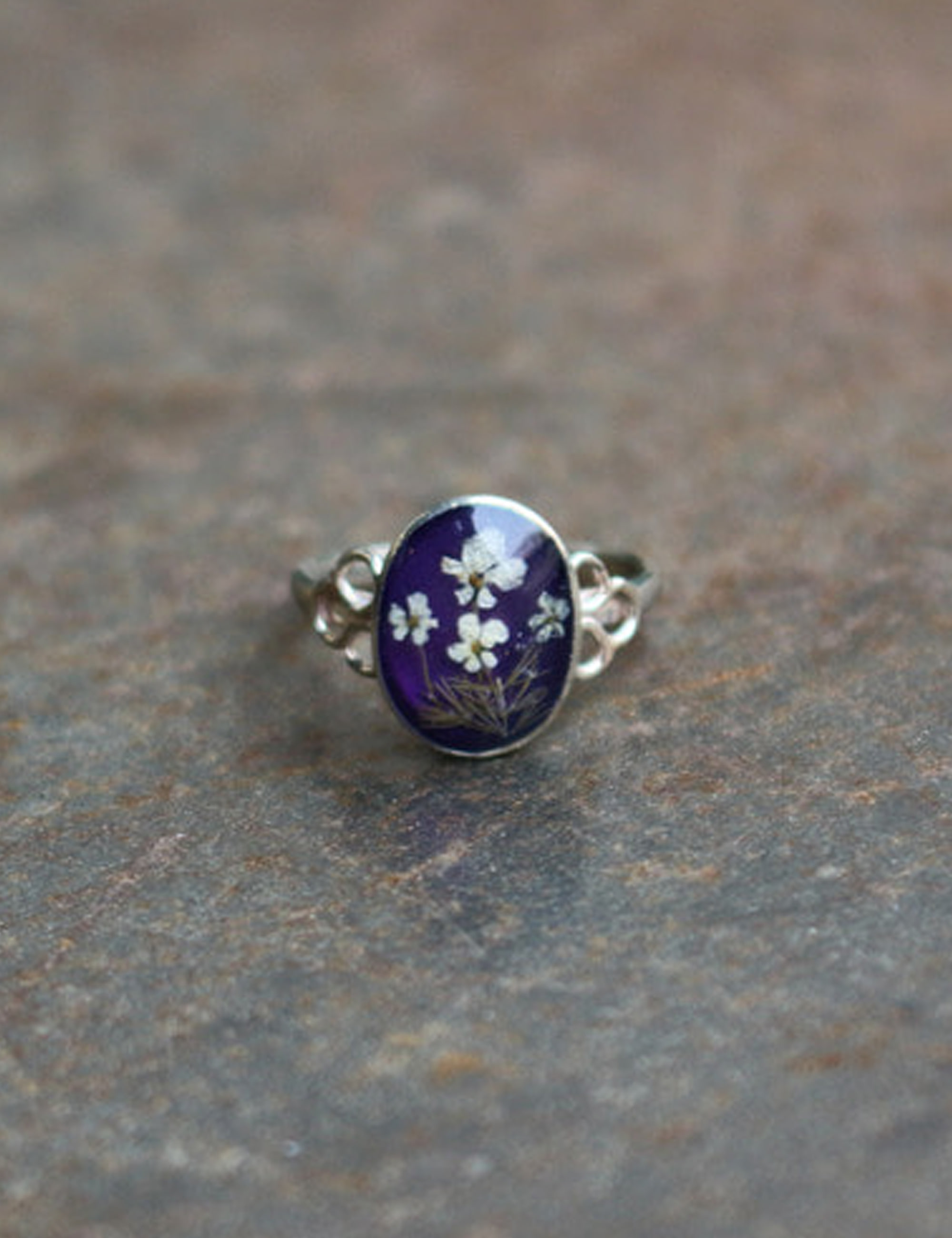 FLOWER OVAL RING_PURPLE