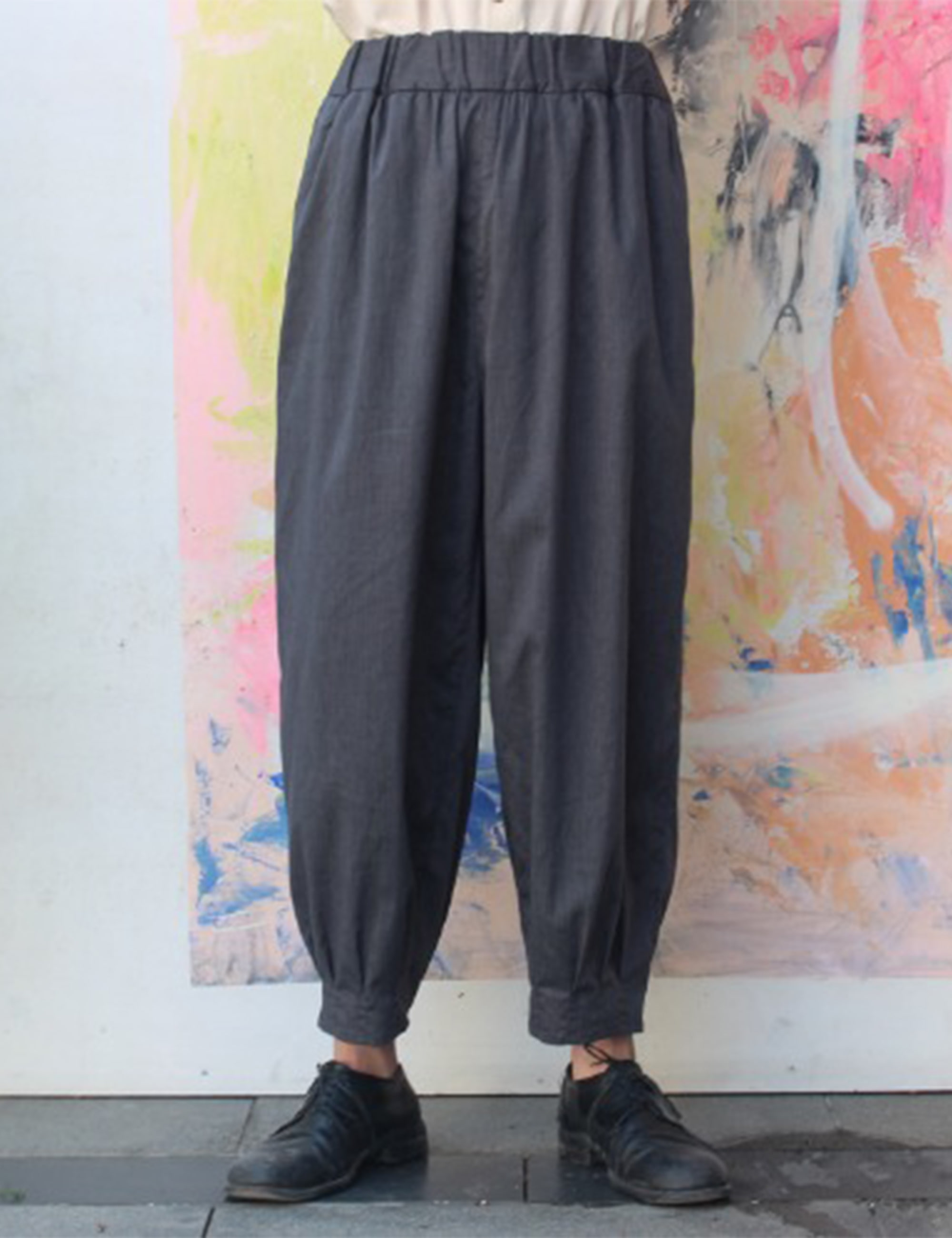 BANDING TUCK PANTS_GREY