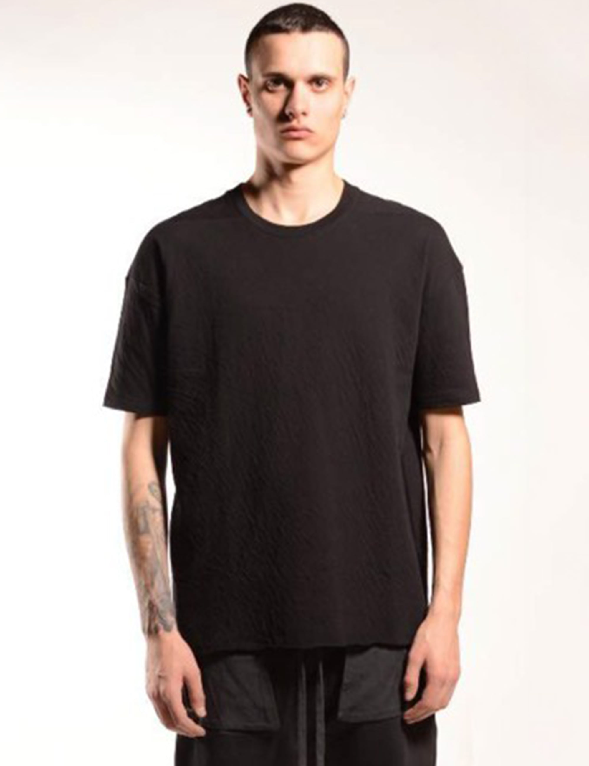 HALF SLEEVE T SHIRT_BLACK