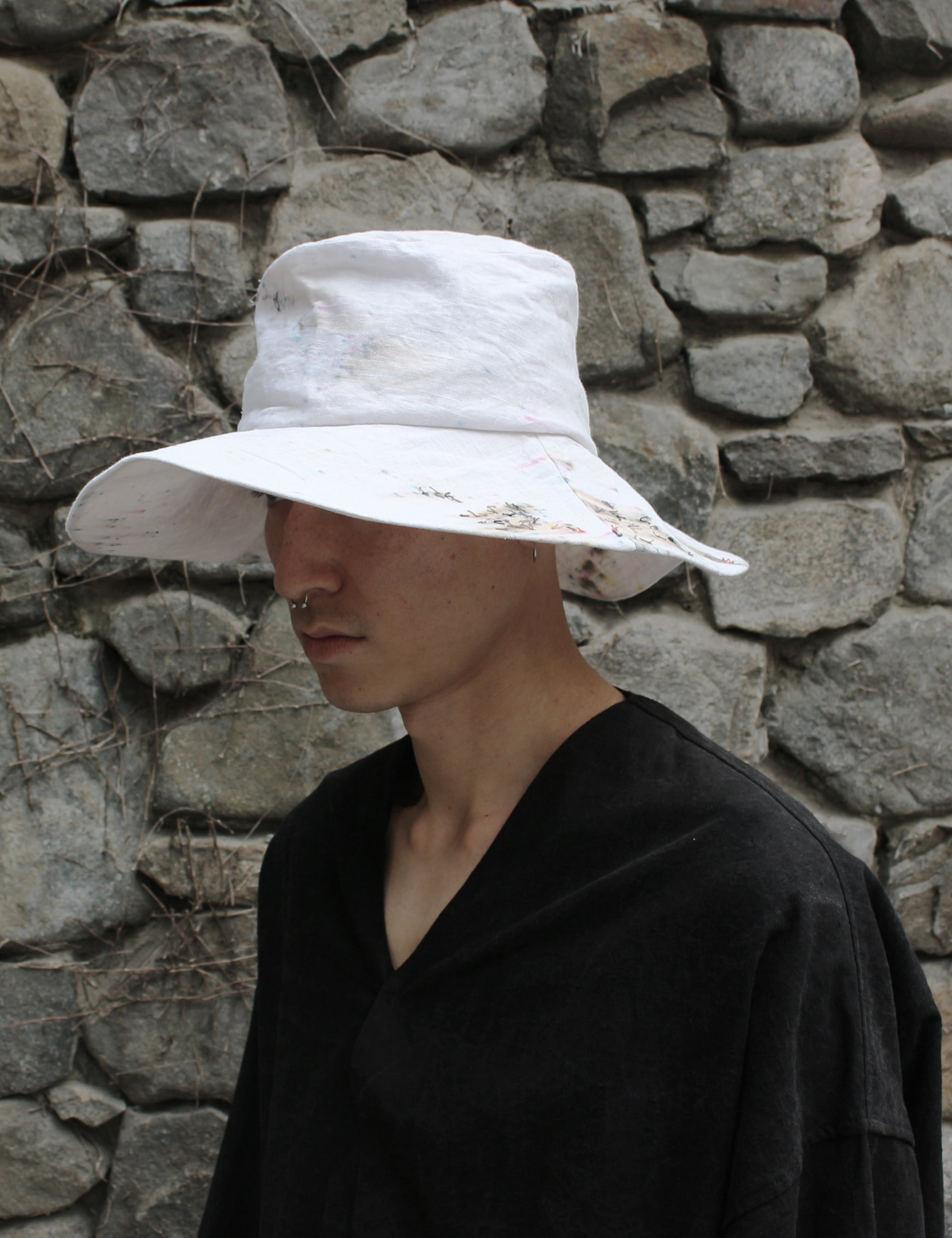[EXCLUSIVE] HAND CRAFTED LARGE HAT_WHITE/MULTICOLORED