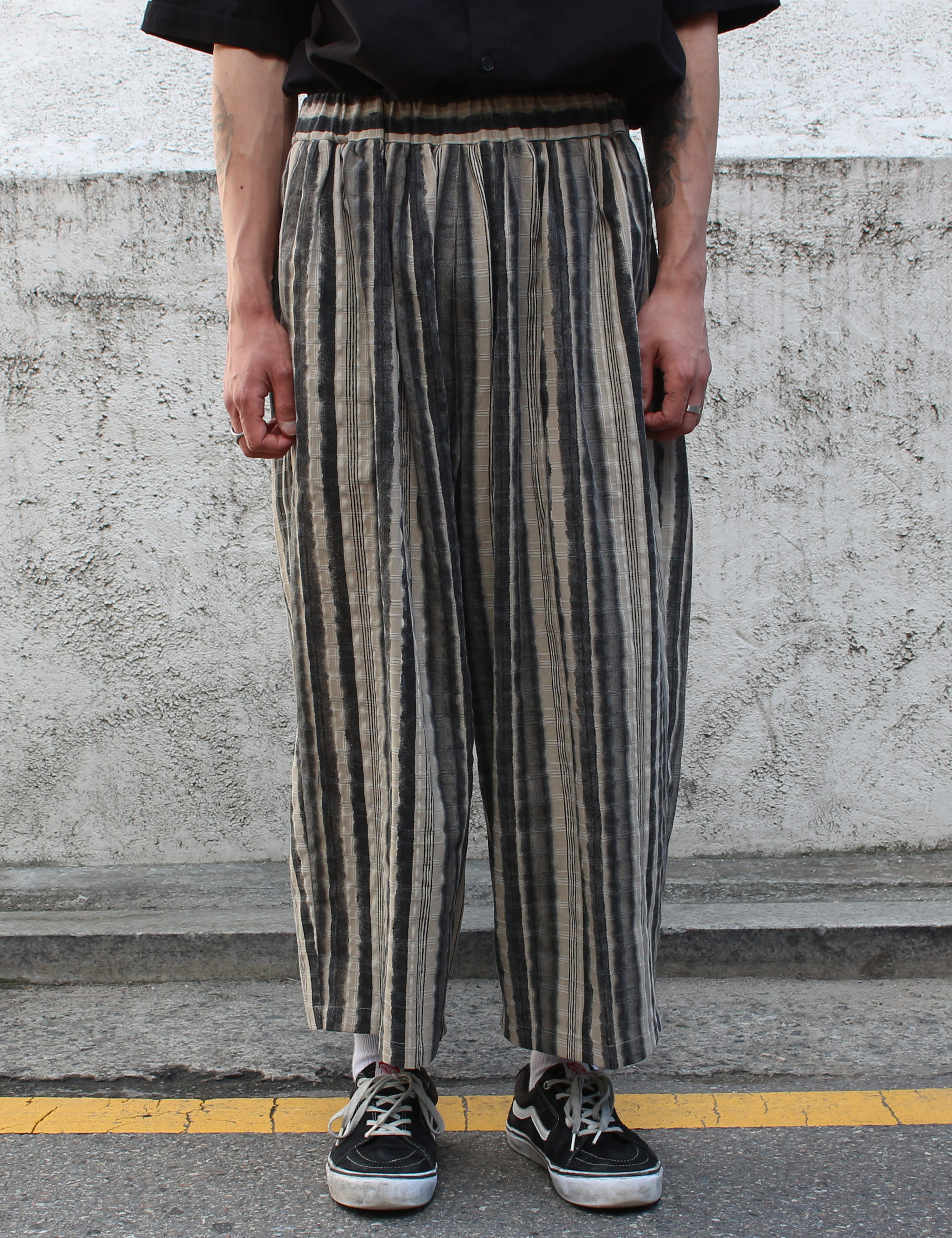 PATTERNED WHARF PANTS_BROWN
