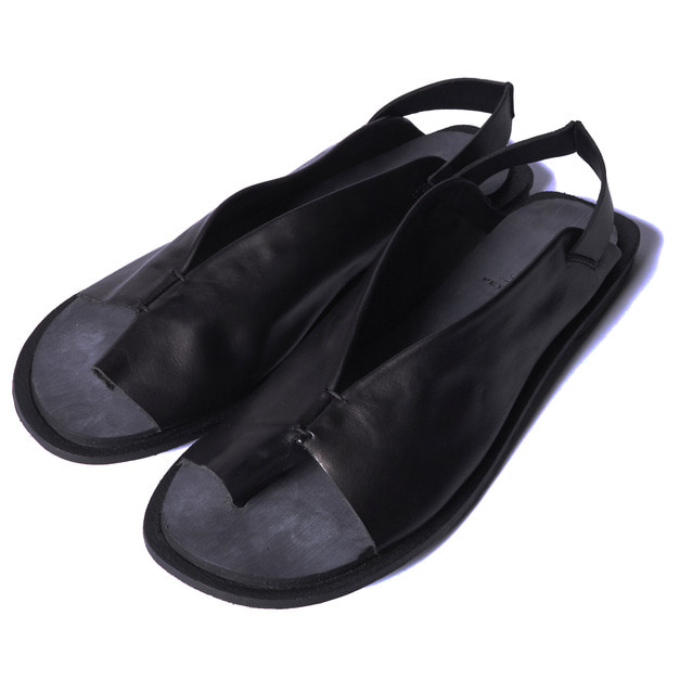 PETRUCHA TRACY NERO SANDAL - Black