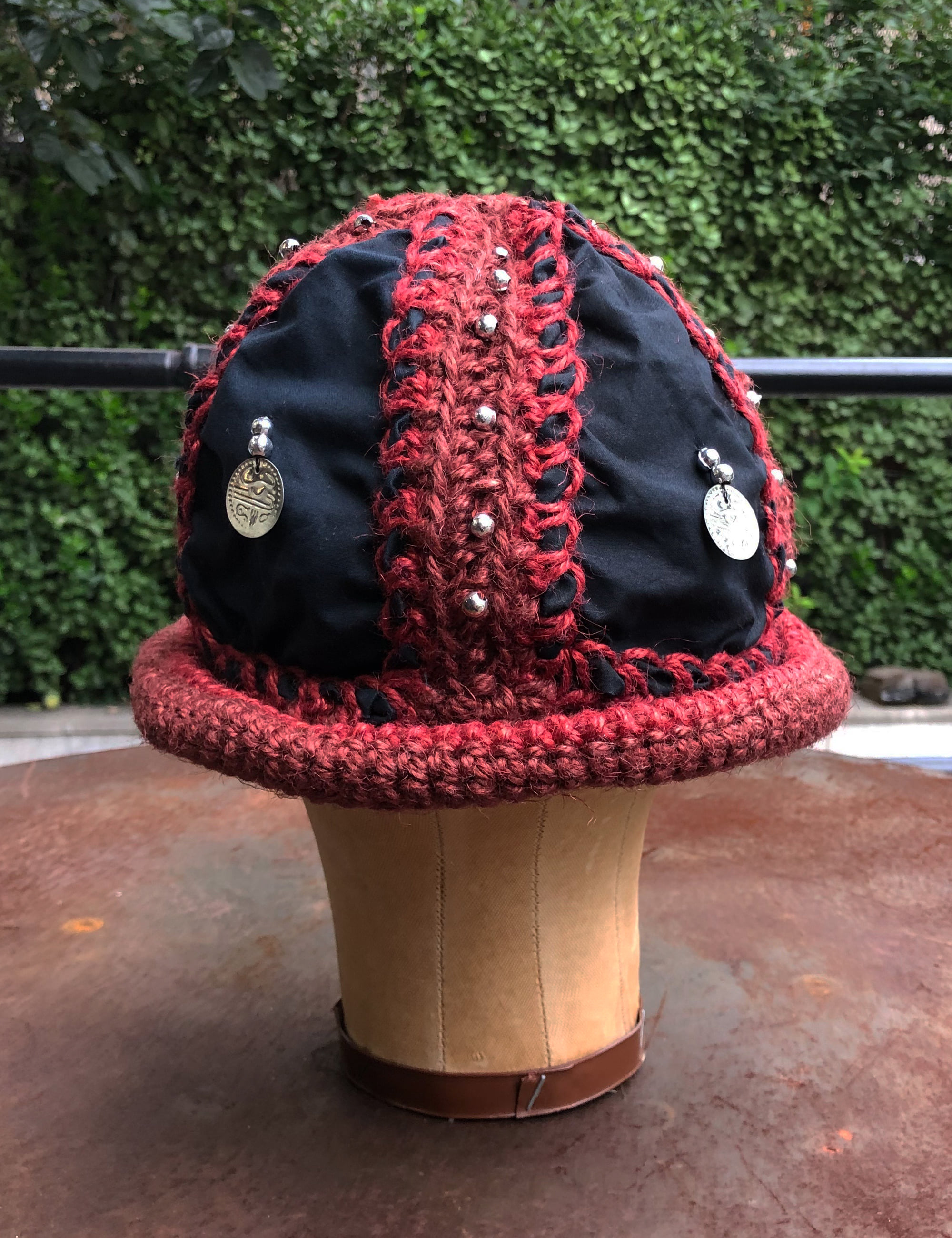 JUTE CROCHETTE BUCKET HAT_RED/BLACK