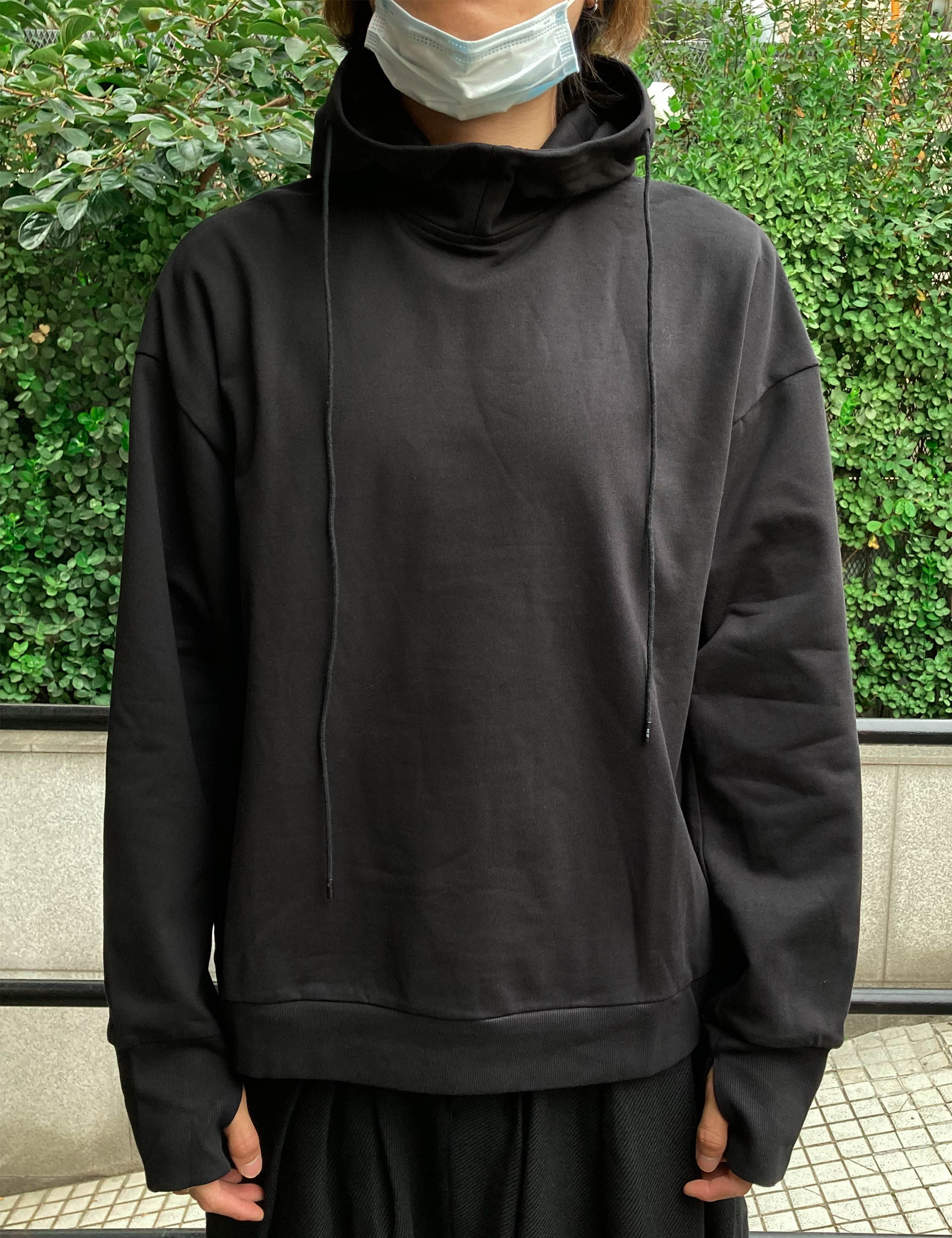 HOODED SWEATER_BLACK