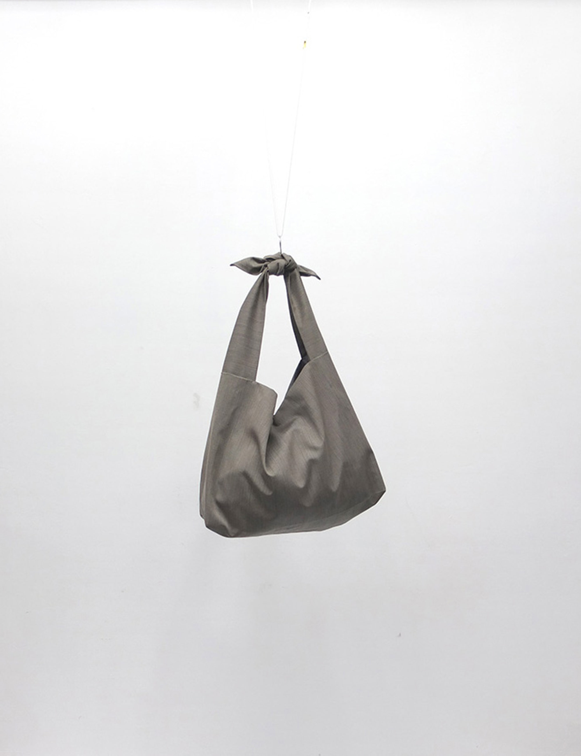 YOSOIKI BAG_GRAY BEIGE