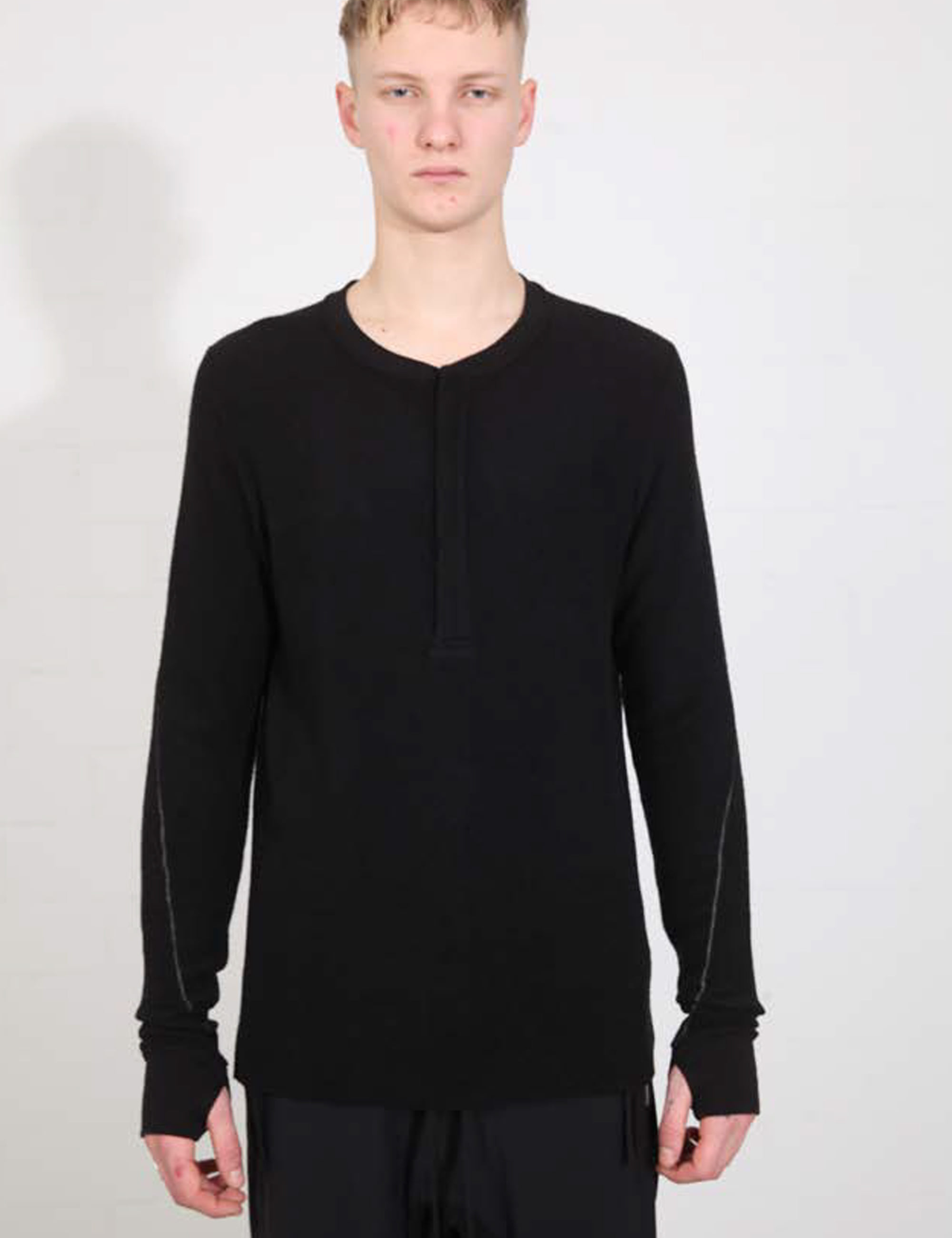HENLY NECK T-SHIRT_M TS  509-0-1_BLACK