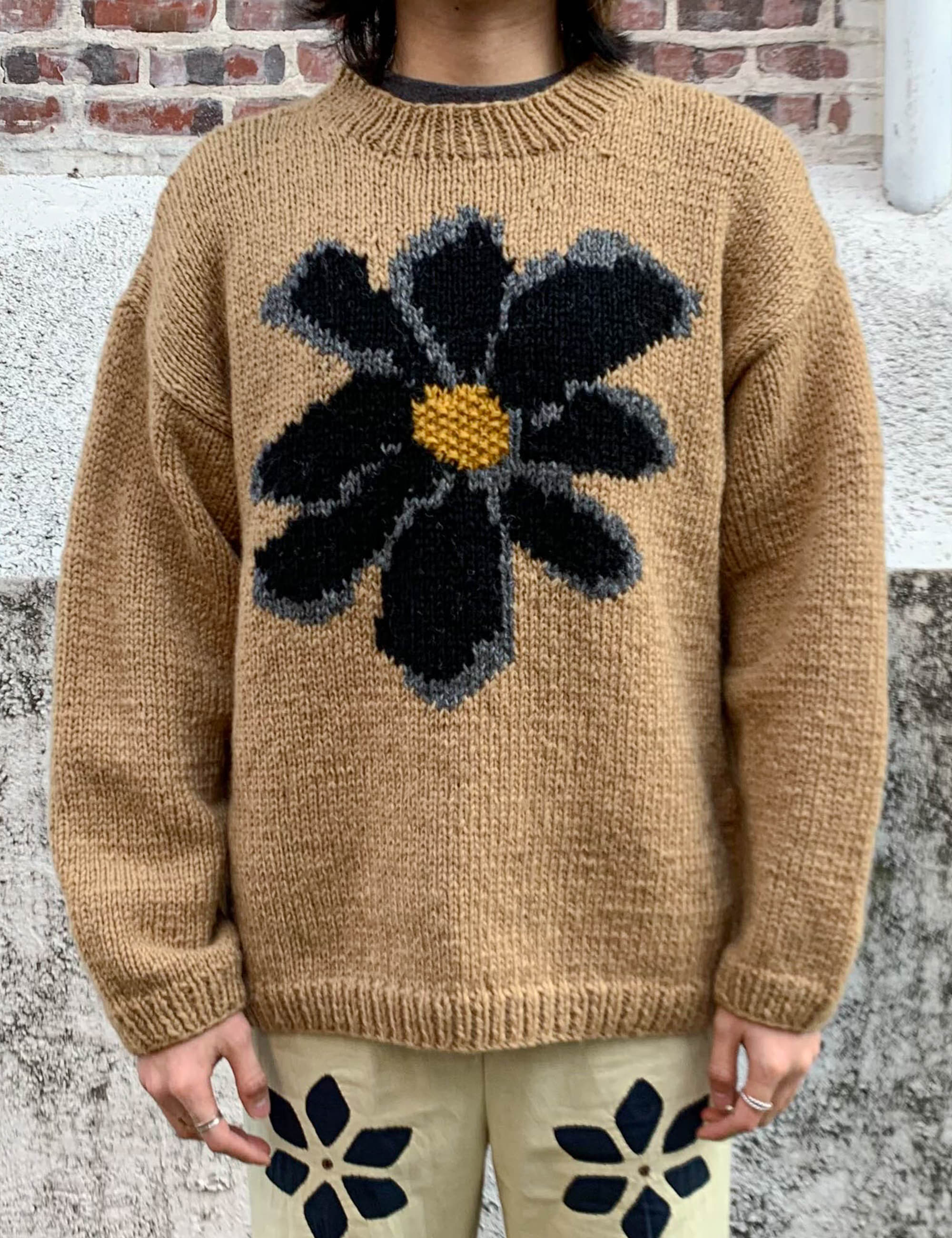 CREW NECK SWEATER FLOWER_BEIGE