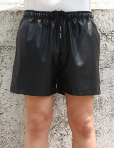LEATHER SHORTS_BLACK