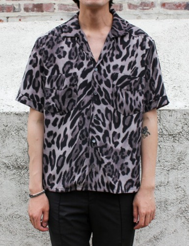 LIMITED S/S SHIRTS_GREY LEOPARD