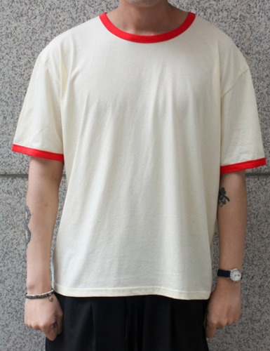 RETRO TSHIRTS_RED