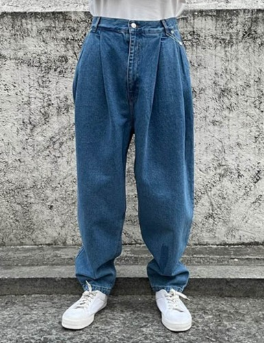 PLEATED DENIM_BLUE JEANS