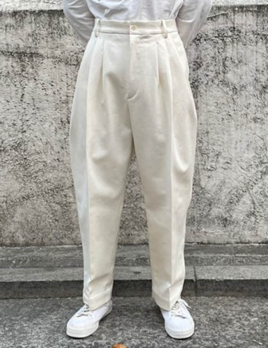 4 PLEAT PANT_ECRU COTTON