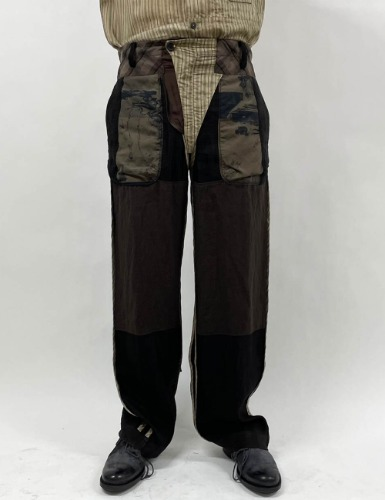 INSIDE-OUT STRAIGHT-LEG TROUSERS_BROWN