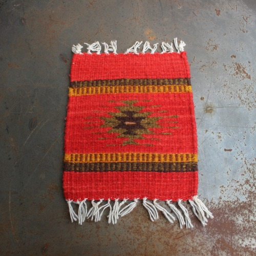 TIME TELL WORKS_TRIVET RUG MAT_RED