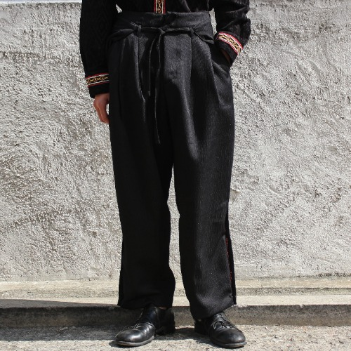 WIDE WRAPPING SLACKS_BLACK
