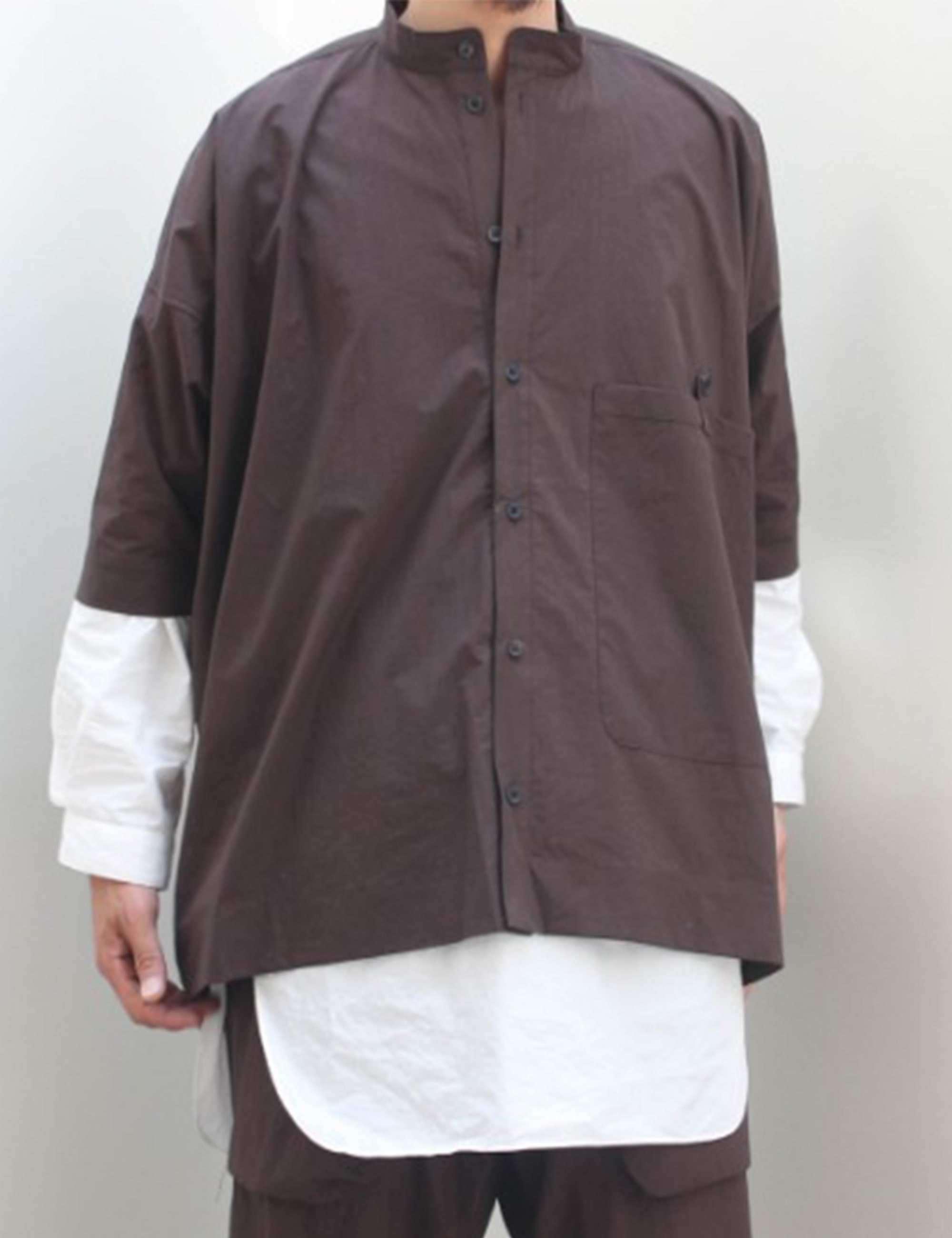 SS WIDE FIT SHIRTS_D.BROWN