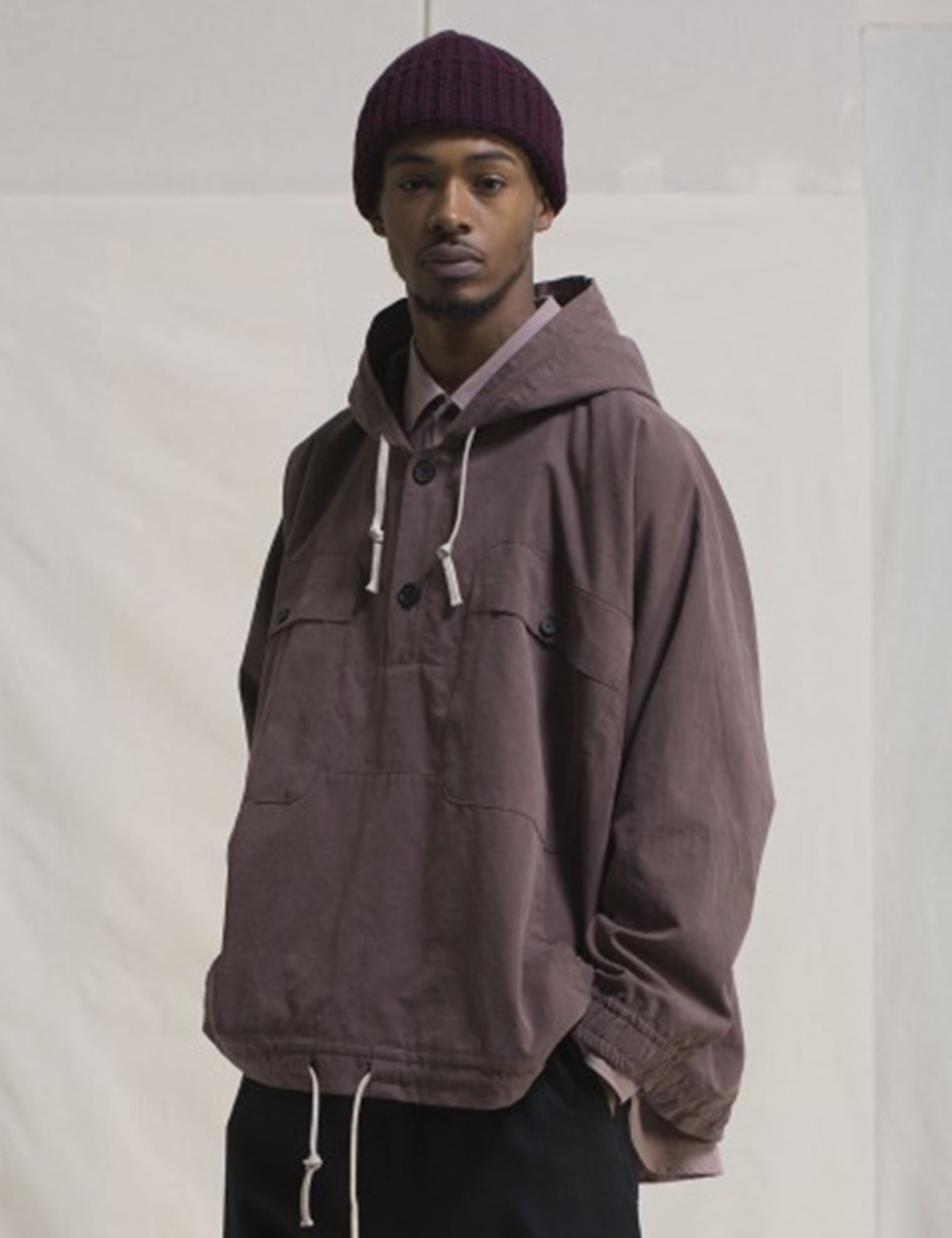 HOODED PULLOVER JACKET GABARDINE_RED BEAN