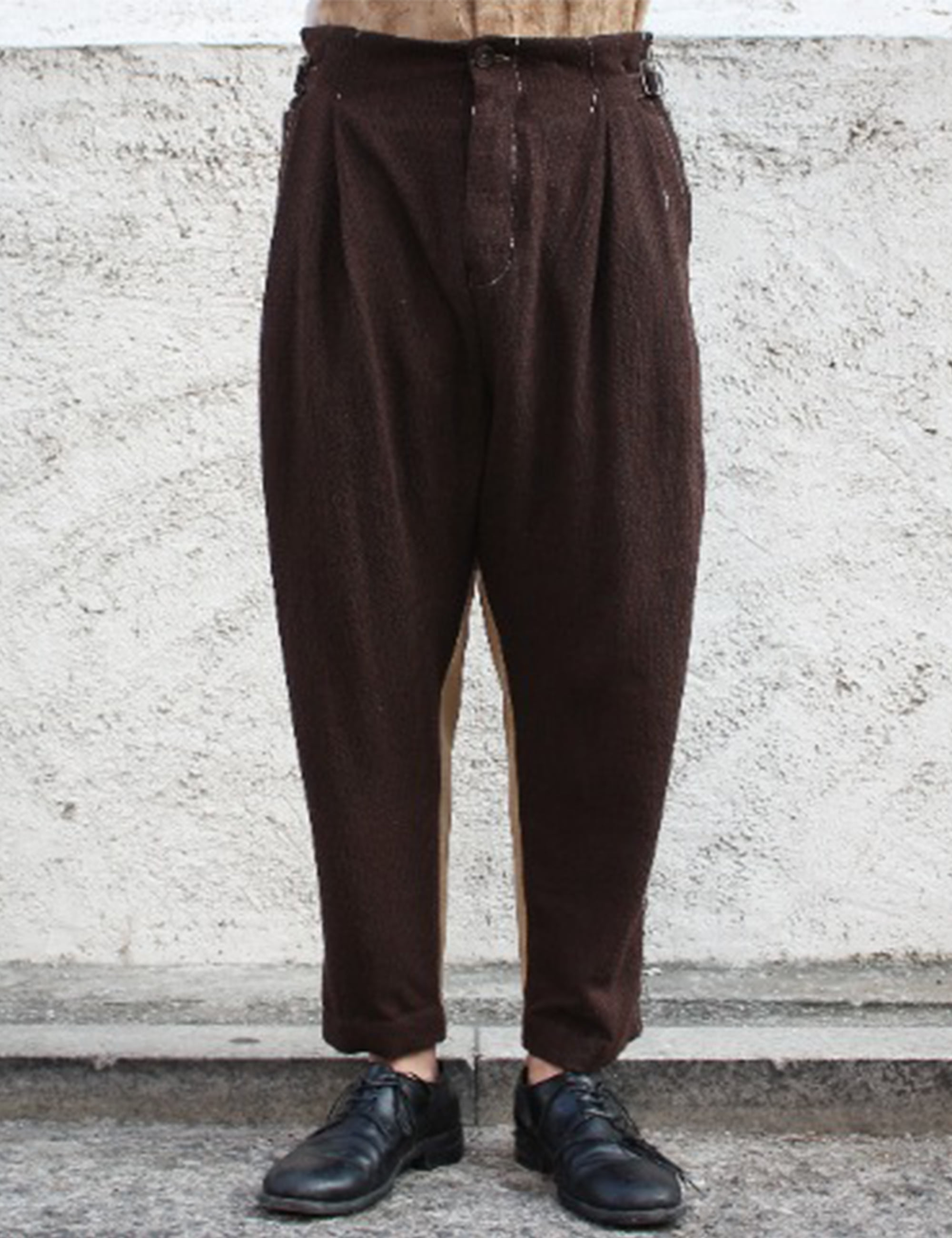 [EXCLUSIVE] SIDE CINCH TROUSERS_BROWN/BEIGE
