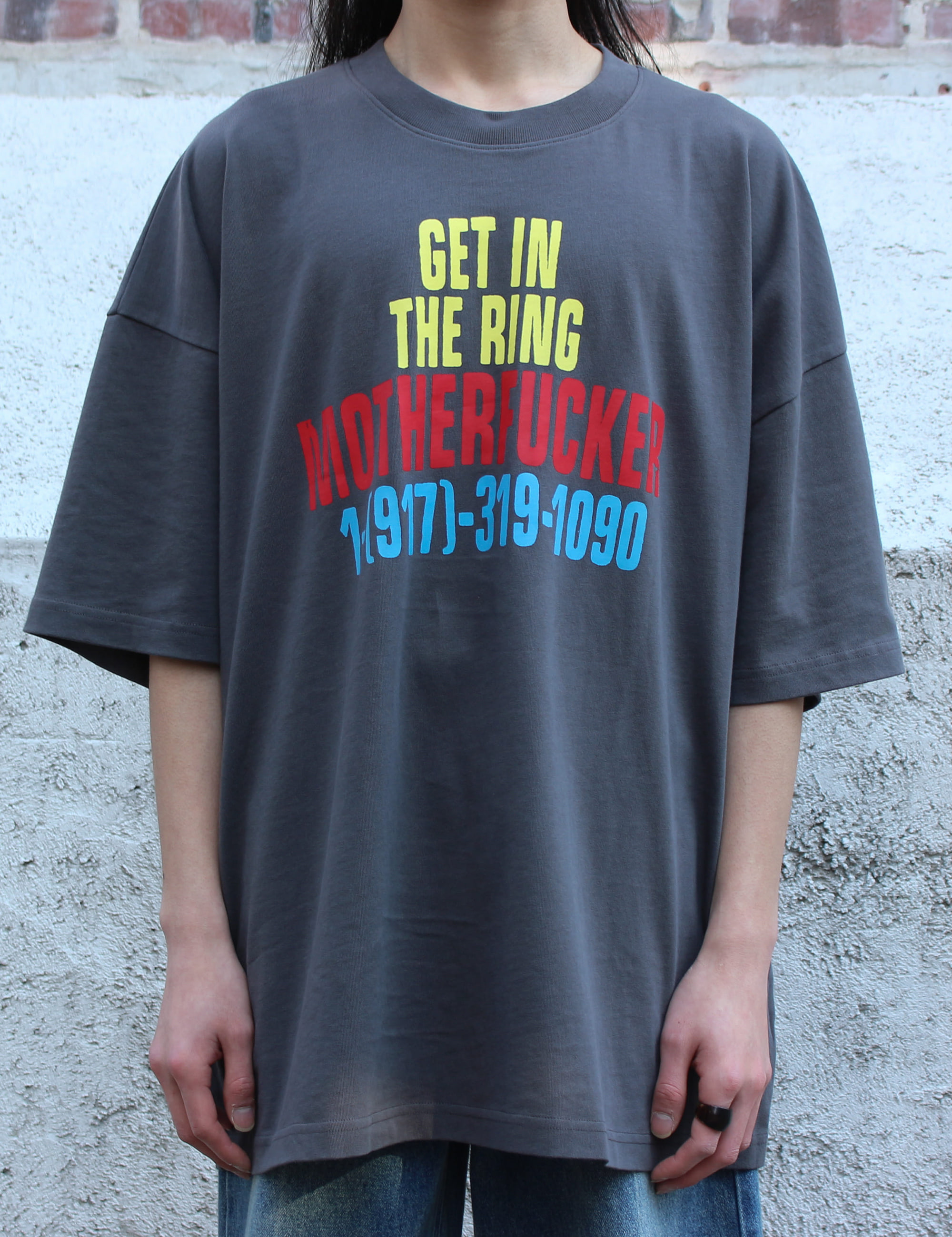 SS RUFF RIDER TEE W/GET IN THE RING_CHARCOAL