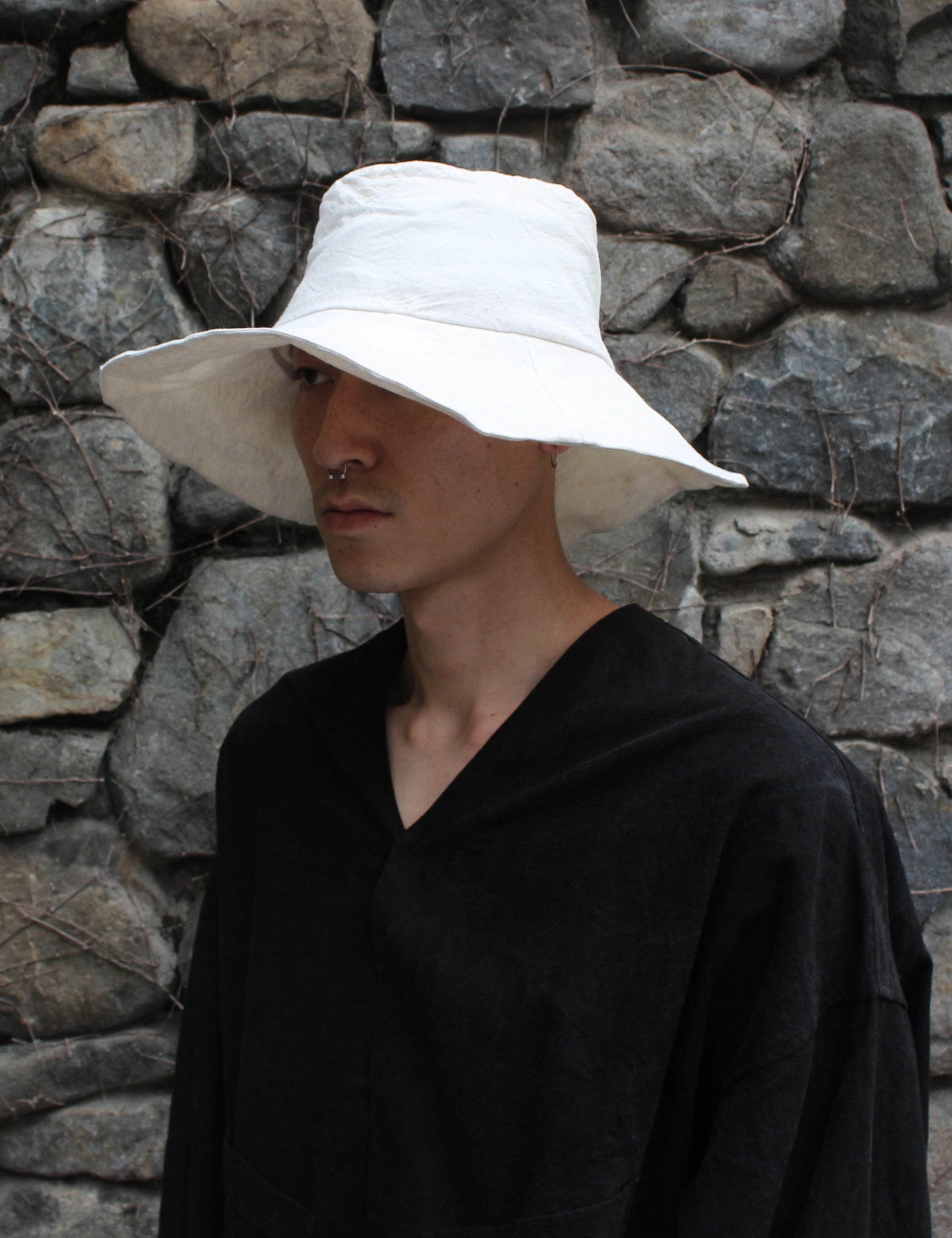 [EXCLUSIVE] HAND CRAFTED LARGE HAT_DIRTY WHITE