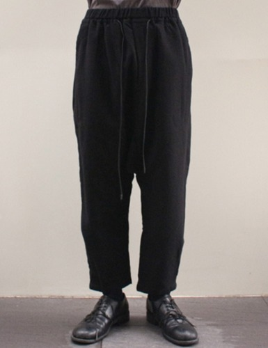 DROPPED CROTCH PANTS_BLACK